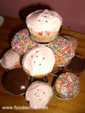 Cupcake holder.jpg